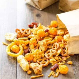 SNACK MIXES